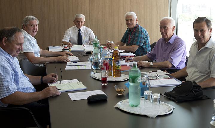 Zaključci s 19. sjednice Komisije nogometnih sudaca IO HNS-a