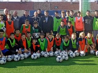Vodstvo HNS-a posjetilo osječku nogometnu Akademiju