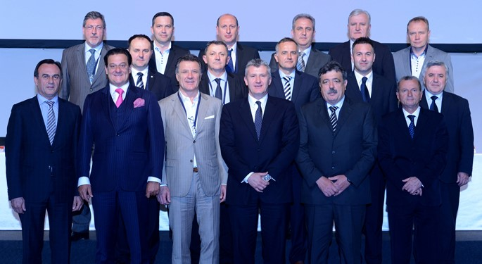 Davor Šuker continues as CFF president