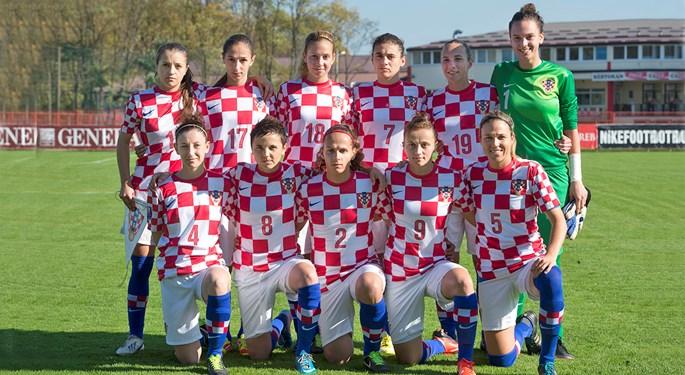 Ženska reprezentacija na turniru u Mađarskoj