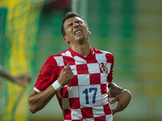 Mandžukić undergoes surgery, to return to training next week