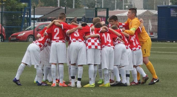 Mladi Hrvati osigurali polufinale