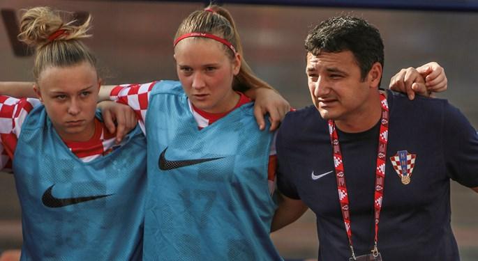 Hrvatska U-17 zaključila turnir pobjedom nad Crnom Gorom