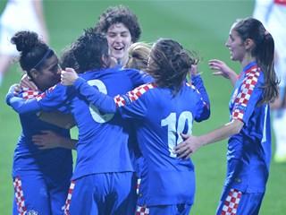 Hrvatice postigle tri gola za tri nova boda