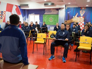 Obavijest Nogometne akademije nositeljima UEFA-licenci