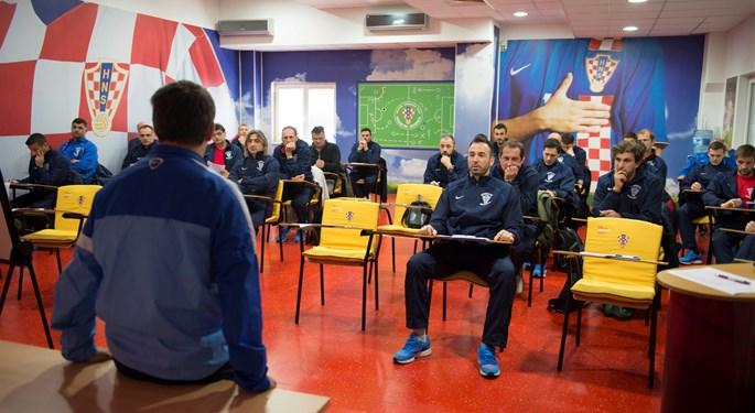 Natječaj za nogometne trenere/ice razine UEFA-Pro