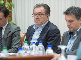 """Čačić: """"Treneri su veliko bogatstvo hrvatskog nogometa"""""""