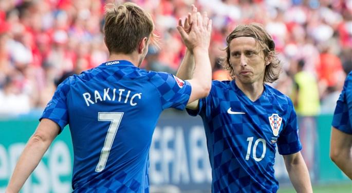 """Rakitić: """"Modrić među trojicom najboljih na svijetu na svojoj poziciji"""""""