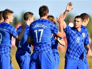 Convincing Croatia in Sisak celebrations