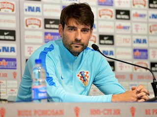 Six-month recovery for Vedran Ćorluka