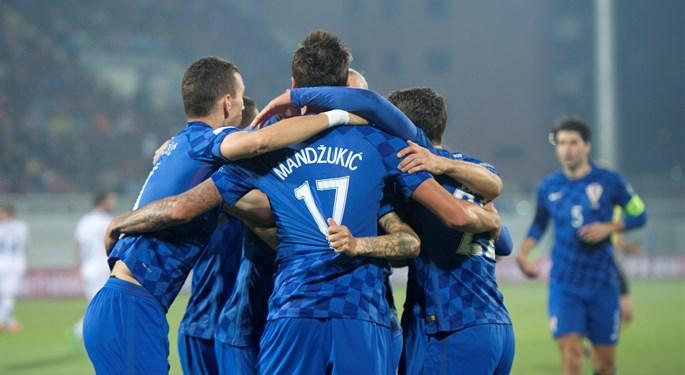 Šest pogodaka raspucane Hrvatske, hat-trick Mandžukića