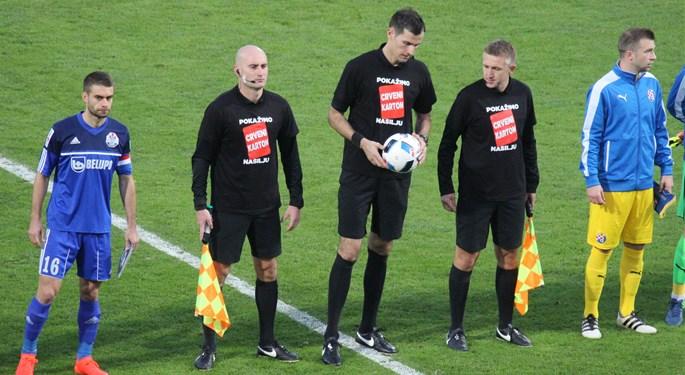 Potpora Bruni Mariću na utakmicama MAXtv Prve i Favbet Druge lige