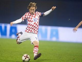 Kapetan Modrić među kandidatima za najboljeg nogometaša godine