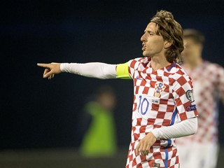 Modrić shortlisted for top UEFA Champions League midfielder