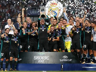 Modrić and Kovačić with yet another European trophy