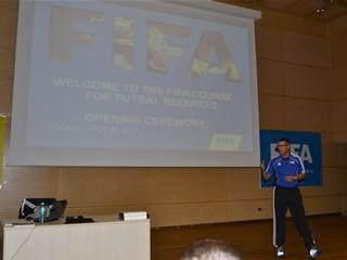 Ivan Novak voditelj FIFA seminara za malonogometne suce