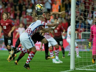 Lone Turkey goal leaves Croatia empty-handed