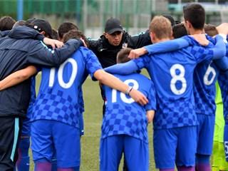 Hrvatska U-17 poražena u Staroj Pazovi