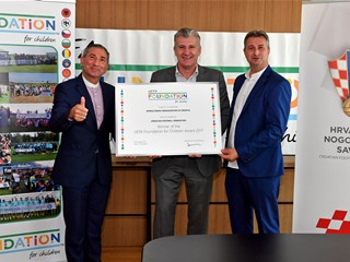 UEFA Foundation awards HNS and World Roma Organization project