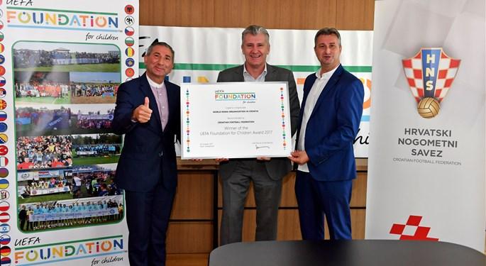 Vrijedna nagrada Uefe projektu HNS-a i Svjetske organizacije Roma