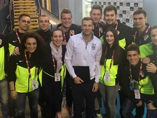 Video: How to meet Mandžukić and Shevchenko through volunteering