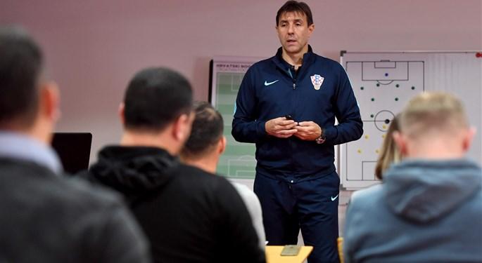 Natječaj Nogometne akademije HNS-a za upis polaznika razine Futsal C