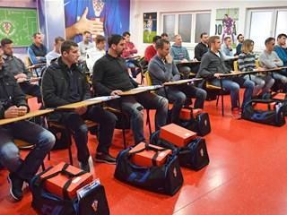 Tri natječaja Nogometne akademije HNS-a