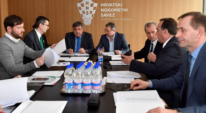 Izvršni odbor pokrenuo reorganizaciju ureda HNS-a