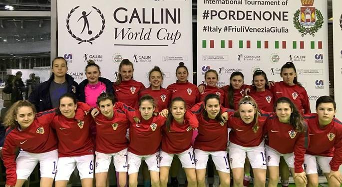 Mlade Hrvatice uvjerljivo do drugog kruga Gallini Cupa