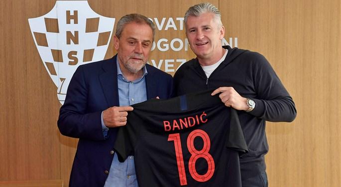 Gradonačelnik Zagreba Milan Bandić u posjetu HNS-u