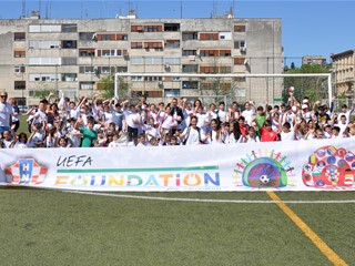 HNS and World Roma Organization Host Ninth Football Camp