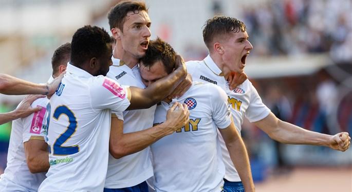 Hajduk slavio u Bugarskoj, Osijek bez trećeg pretkola