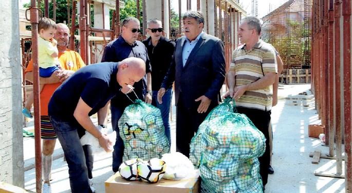 HNS donirao lopte slavonskim središtima i klubovima