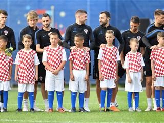 Otvoreni trening Hrvatske po dolasku u bazu u Rusiji