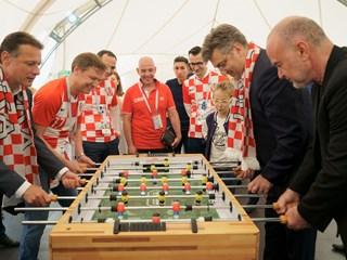 Premijer i predsjednik Sabora posjetili Navijačku zonu u Moskvi