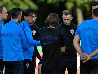Izbornik Dalić odabrao igrače za Slovačku i Azerbajdžan