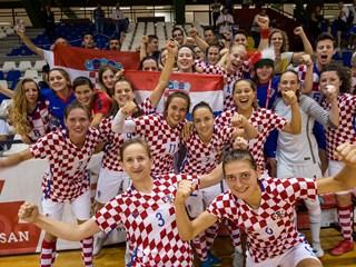 Video: Kvalifikacijski dani hrvatskih reprezentativki u Karlovcu