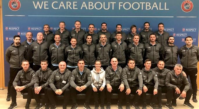 Polaznici Nogometne akademije HNS-a u Nyonu