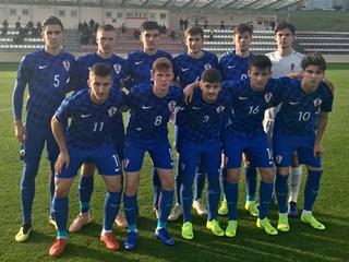 Video: Hrvatska U-19 svladala Luksemburg, nastavlja borbu za Elitno kolo