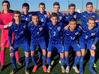 Video: Hrvatska U-15 ponovno odigrala 1:1 sa Slovencima