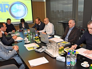 Video: HNS Meets with IFAB and FIFA to Discuss VAR Introduction