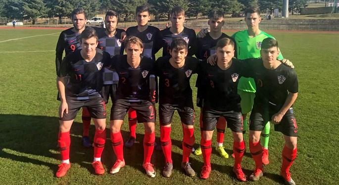 Hrvatska U-19 bez pogodaka sa Srbijom