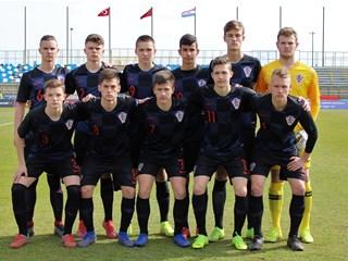 Video: Hrvatska U-16 ponovno odigrala 1:1 s Turcima