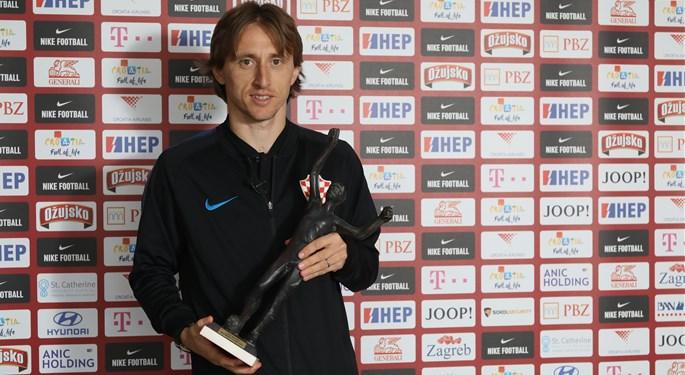 Maksimalni Modrić rekordni sedmi put izabran za Nogometaša godine