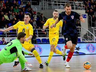 Hrvatska uzvratila Ukrajini uz hat-trick Jelovčića