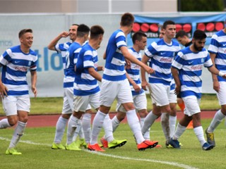 Video: Osijekov hat-trick titula u Slavonskom Brodu