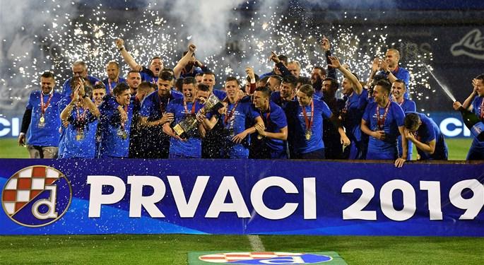 Dinamo sa stilom do naslova prvaka, Rijeka slavila u Kupu#Dinamo wins another championship, Rijeka takes the Cup