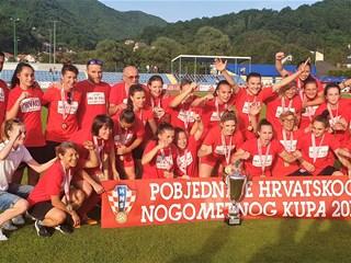 Video: Nogometašice Splita uzele i Kup, osvojile dvostruku krunu