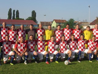 Selekcija veterana HNS-a gostovala na 100. obljetnici NK Slatina