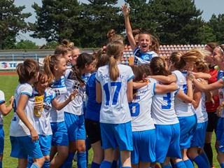 """Video: Održan međunarodni turnir za djevojčice """"Volim nogomet"""""""